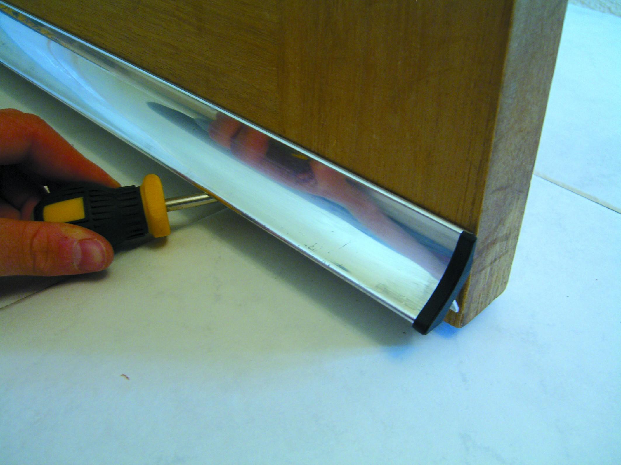 Icd Concealed Fixing Rain Deflector Stormguard